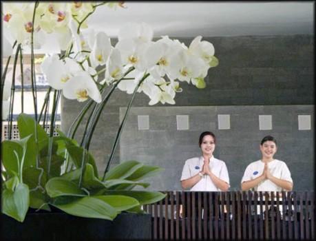 oasis-benoa-hotel-suite-reception
